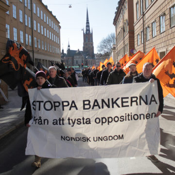 Nordisk Ungdom demonstrerade mot bankväldet! (Uppdaterad med film)