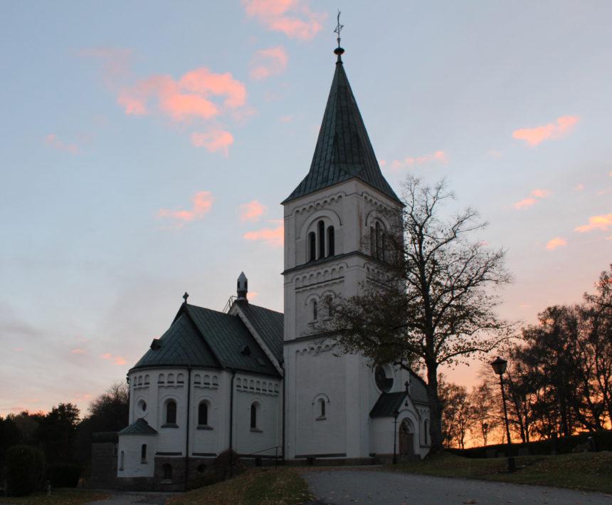 Svenska kyrkans kollaps: Folkhemmets krig mot religionen