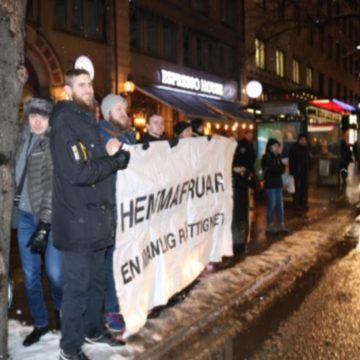 Sinnessjuka feminister tillrättavisade av Nordisk Ungdom (Uppd: med film)