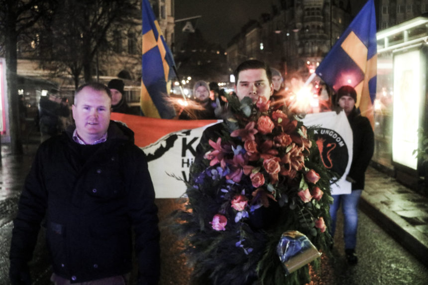 English version: Powerful manifestation on the anniversary of Karl XII's death